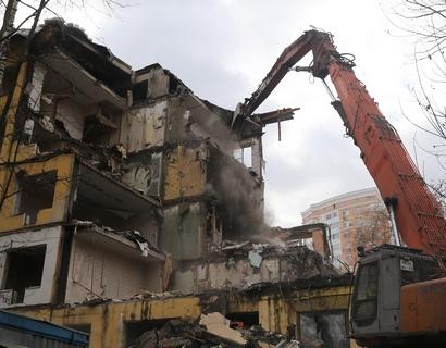 Профессионалы Псковского отделения Сбербанка помогли подобрать ипотечную программу участникам «Тура поновостройкам»