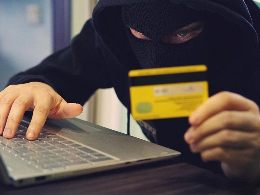Банкиры рассказали о самых популярных уловках и типичных жертвах карточных мошенников