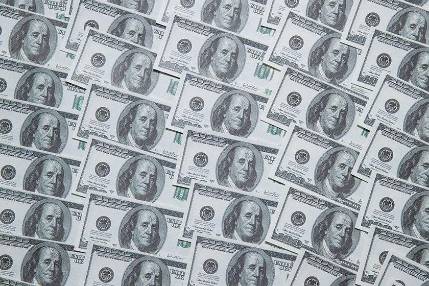 ЦБ: чистый отток капитала из России в I квартале составил 25,2 млрд долларов
